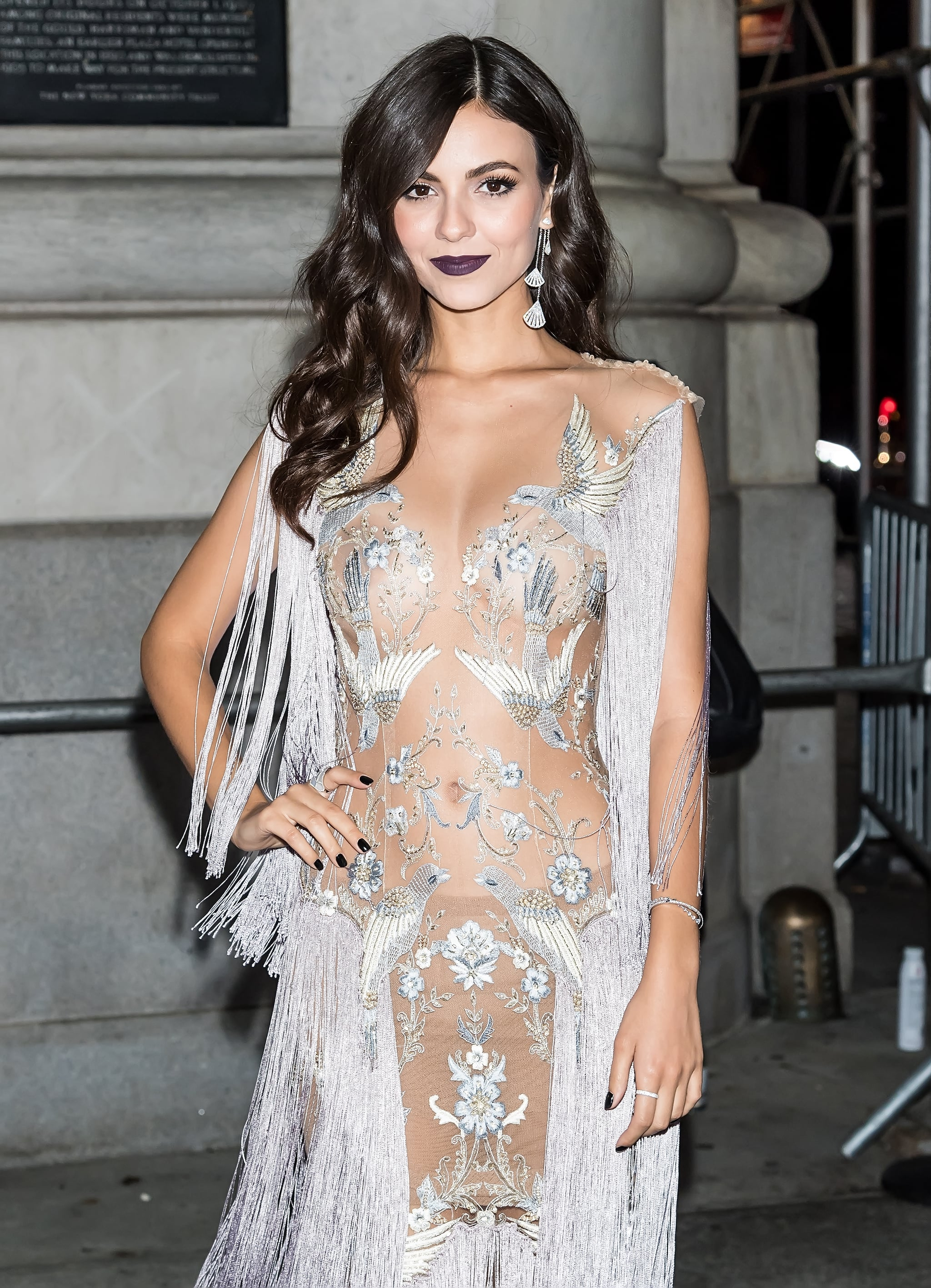 Victoria Justice Sexy Pictures photo 4