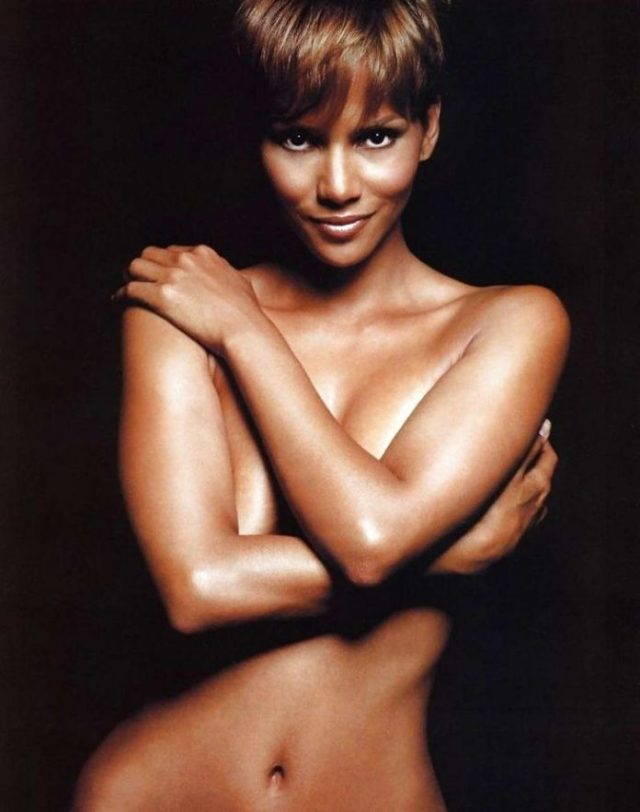Show Me Halle Berry Naked photo 21