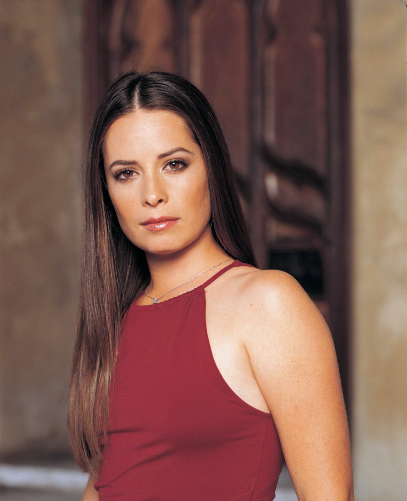 Sexy Holly Marie Combs photo 4