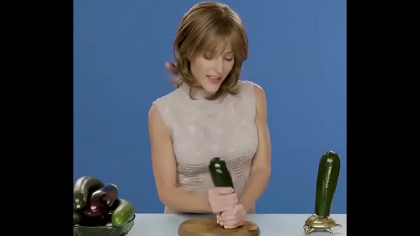 Gillian Anderson Sex Tapes photo 2