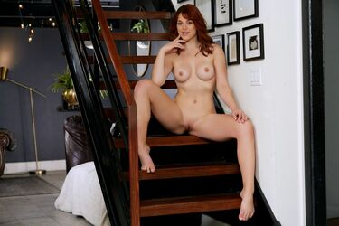 Molly Topless photo 28